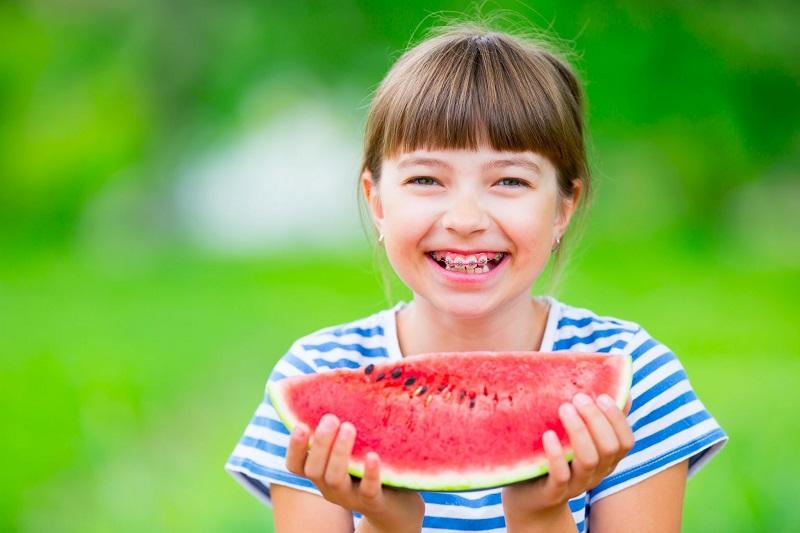 Niềng răng ở độ tuổi 12 – 16 tuổi là thích hợp nhất