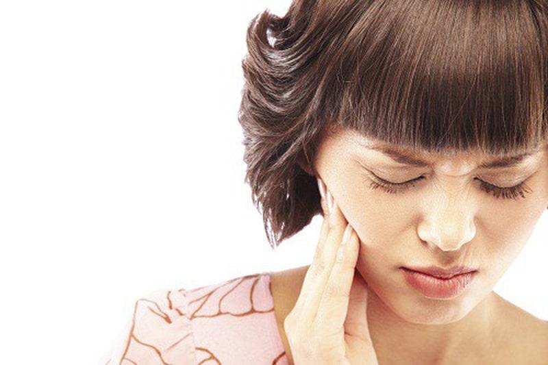 Cảm giác đau nhức là dấu hiệu dễ nhận biết của tình trạng áp xe