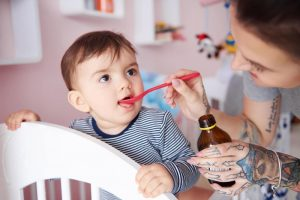 Bổ sung canxi cho trẻ chậm mọc răng không bằng cách nào?