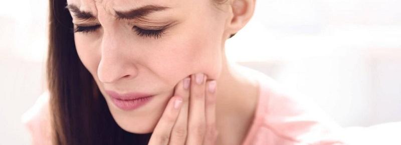 Nếu tình trạng ê buốt kéo dài vài ngày sau khi nhổ răng khôn thì đây là biểu hiện bình thường