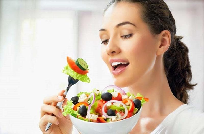 Ăn nhiều rau xanh cũng giúp việc hồi phục sau nhổ răng tốt hơn