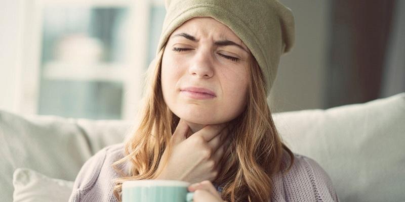 viêm amidan hoặc viêm xoang có thể dẫn tới tình trạng hôi miệng lâu năm