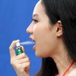 Xịt miệng là là phương pháp đắc lực giúp bạn có hơi thở tự tin khi giao tiếp.