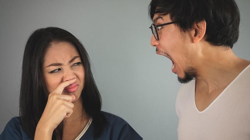 Hôi miệng nặng có rất nhiều nguyên nhân, nếu biết đúng nguyên nhân gây bệnh thì sẽ rất dễ để điều trị bệnh.