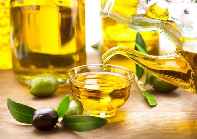 Dầu oliu và dầu đinh hương giúp giảm hôi miệng