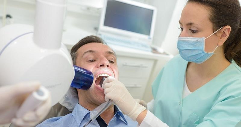 Bạn cần đến nha khoa uy tín để điều trị triệt để tình trạng ê buốt