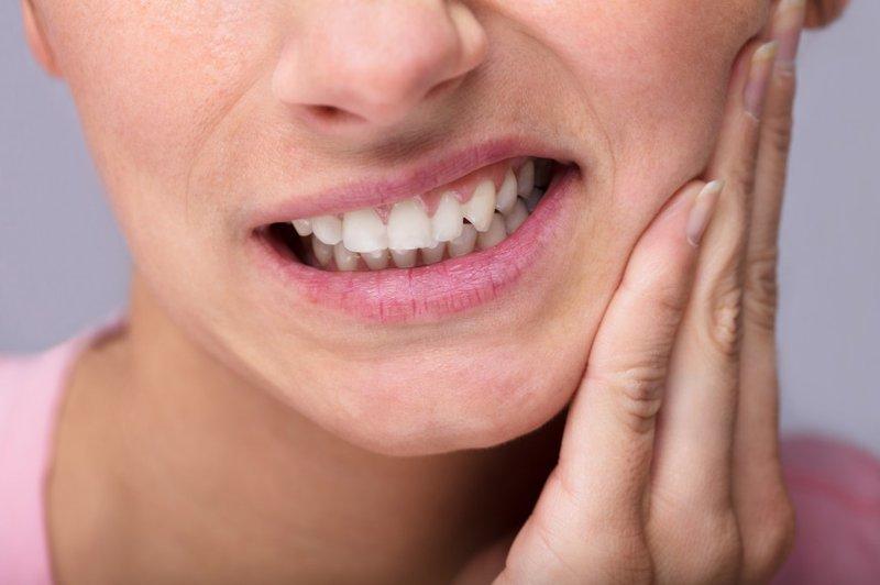 Sâu răng khiến sức khỏe răng miệng của người bệnh kém đi rất nhiều
