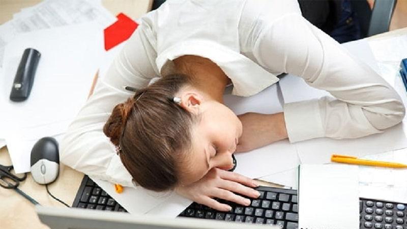 Những phiền toái sâu răng mang lại khiến người bệnh mệt mỏi, ảnh hưởng đến sinh hoạt