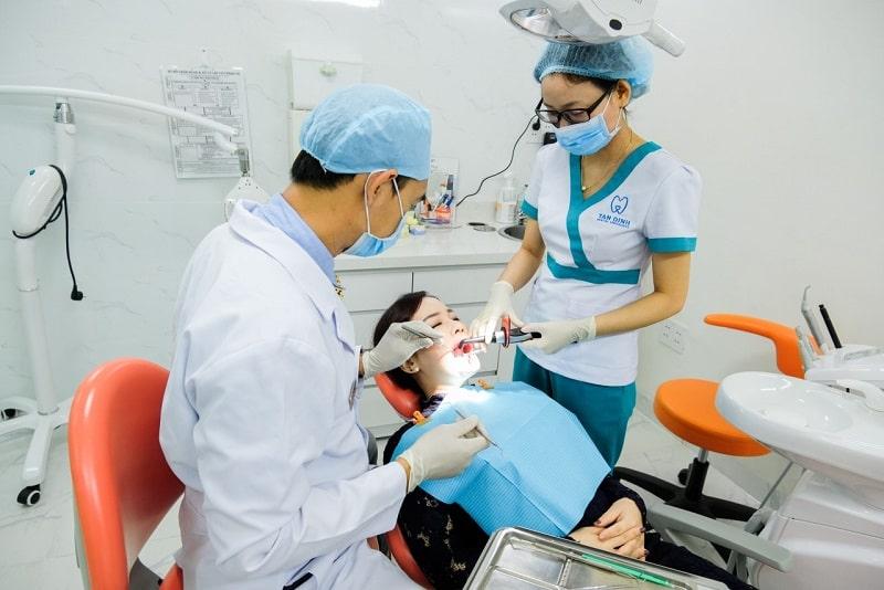 Đội ngũ y bác sĩ tại Tân Định luôn tận tình với bệnh nhân