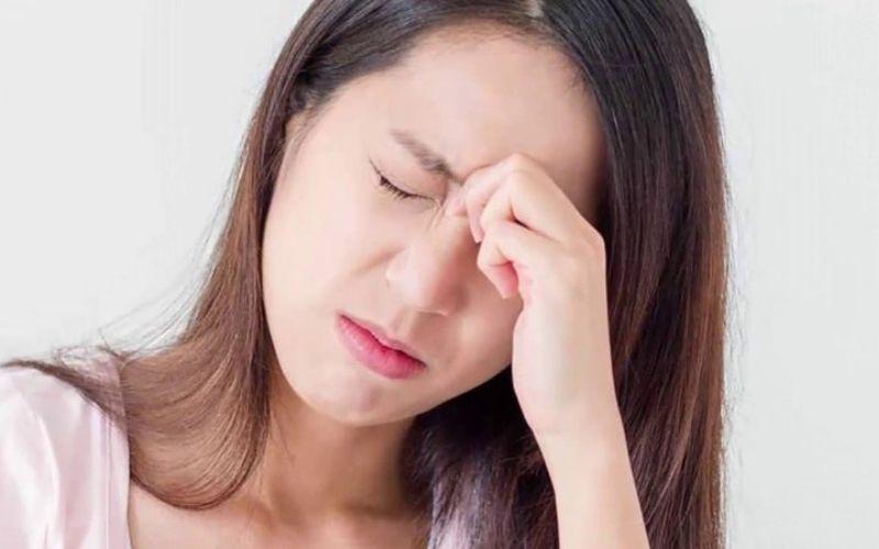 Tinh thần căng thẳng, stress kéo dài, ăn uống kiêng khem là nguyên nhân gây thiếu dinh dưỡng