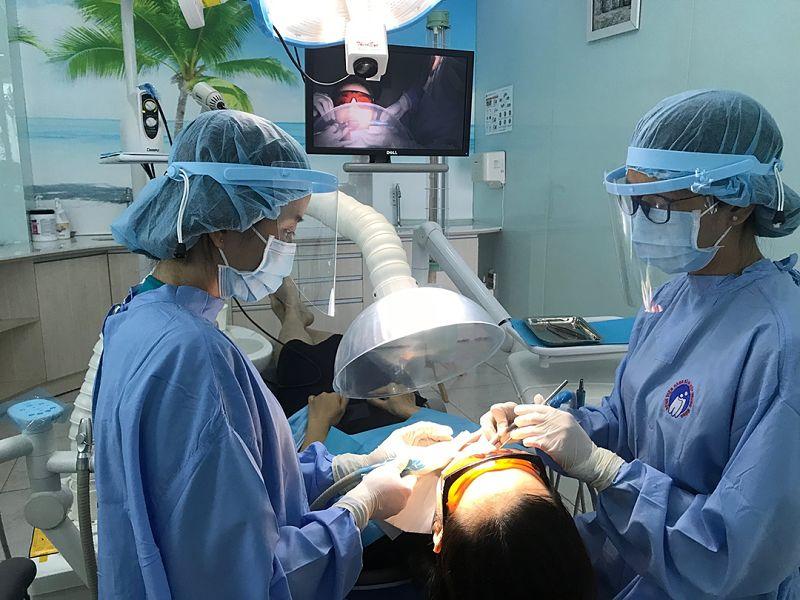 Bệnh viện Răng Hàm Mặt có đầy đủ thiết bị hiện đại phục vụ công tác khám và phục hình răng