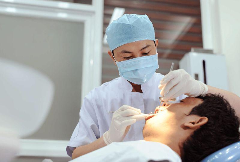 Bọc răng sứ bệnh viện Răng Hàm Mặt là địa chỉ được nhiều khách hàng lựa chọn