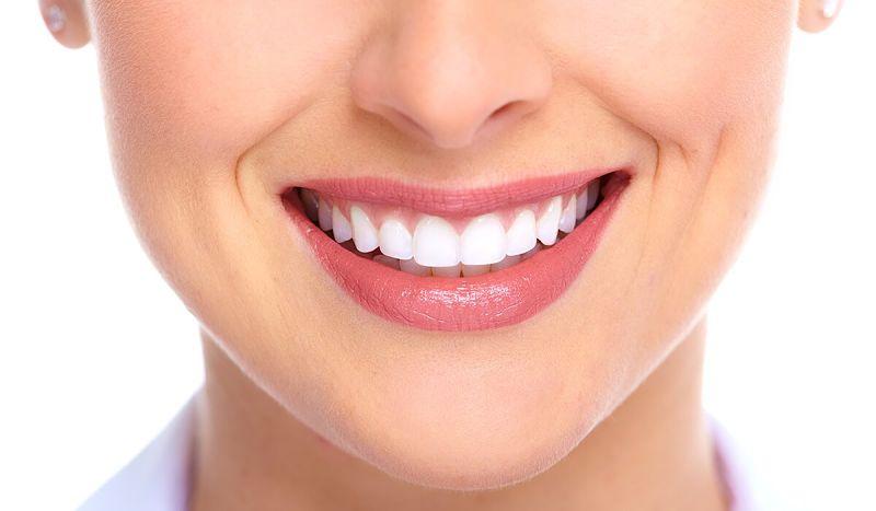 Răng sứ Cercon hiện nay có hai loại chính