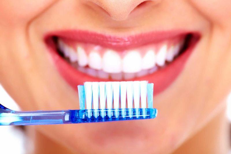 Bạn cần giữ vệ sinh răng miệng sạch sẽ