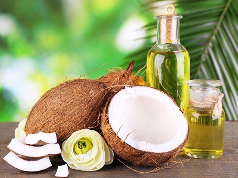 Cách lấy cao răng hiệu quả nhất bằng dầu dừa
