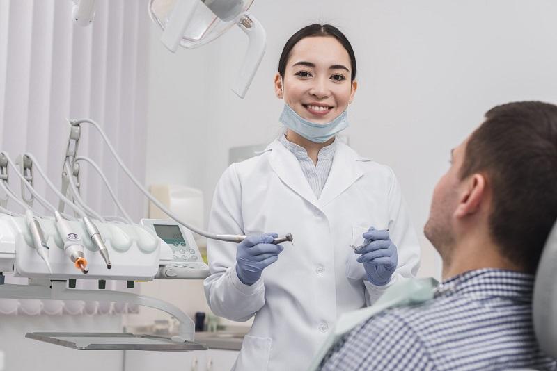 Các bước lấy vôi răng tại phòng khám
