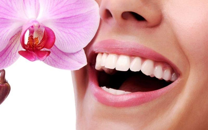 Bọc răng sứ có được vĩnh viễn không là thắc mắc của rất nhiều người